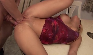Busty milf receives deep fisted