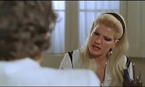 Small-minded me toque el pito que me irrito (1983) - Peli Erotica completa Espa&ntilde_ol