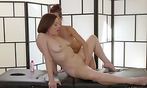Two insatiable lesbians licking inwards during a massage